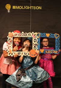 The photobooth was a hit with youth and their parents!